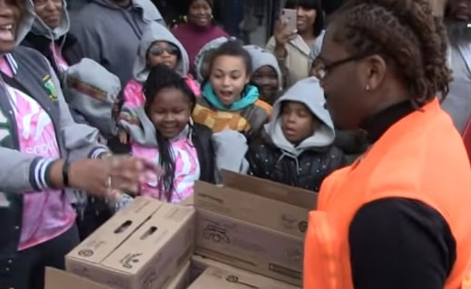 Rapper Gunna Surprises Girl Scouts by Buying Entire$450 Table of Cookies