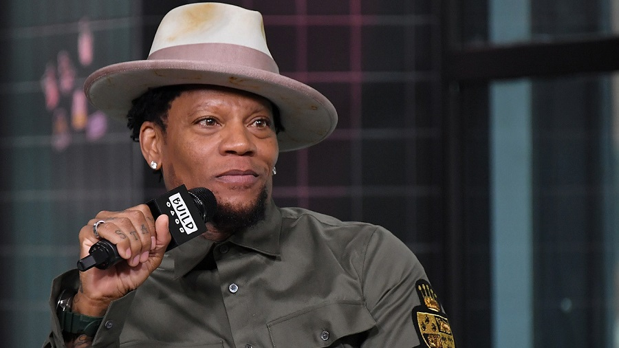 Video Shows D.L. Hughley Passing Out on Stage While Performing in Nashville
