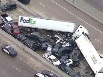 Cell Phone Footage Of Huge Vehicle Pileup In Ft. Worth, Texas