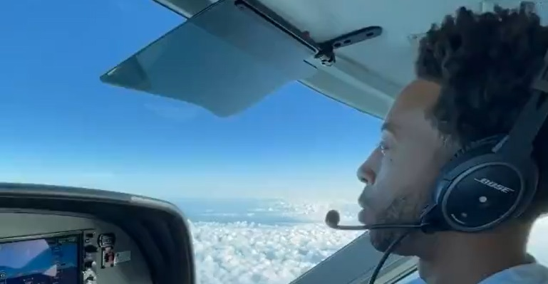 Certified: Video Shows Ludacris Stuntin' In The Friendly Skies