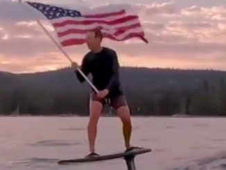 See What Flag-Toting Mark Zuckerberg Did For Independence Day
