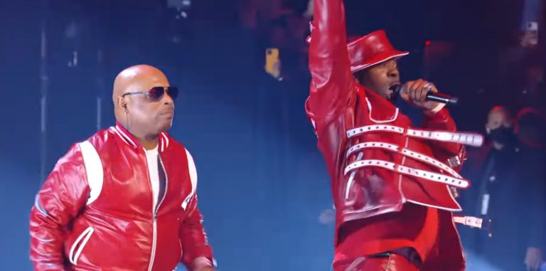 Busta Rhymes Performs a Rapid-Fire Medley of Hits ft. Spliff Star at 2021 VMA's