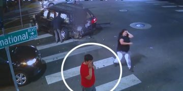 """""""Suspected"""" DUI Driver Plows Into Van; 9-Year-Old Boy & 2-Year-Old Girl Ejected in San Francisco"""