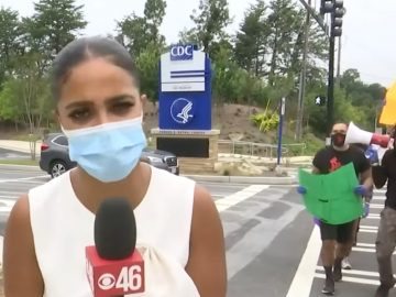 People Are Actually Protesting In Front The CDC After Nicki Minaj's Vaccine Tweet