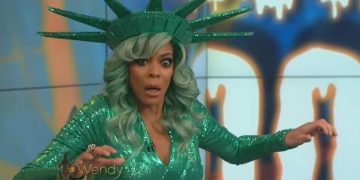 Wendy Williams Reportedly Rushed To Hospital For 'Psychiatric Evaluation'